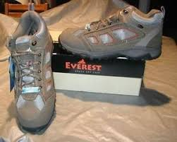 s outdoor boots in size 12 everest s hiking boots brown waterproof size 12