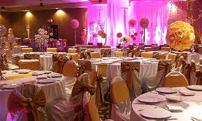 wedding venues milwaukee wedding venues in milwaukee crowne plaza milwaukee airport mke