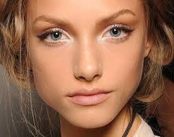 5 ways to make your eyes look much bigger
