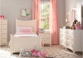 White Bedroom Suites Rooms To Go King Size Bed Comforter Sets Raymour Flanigan Clearance Outlet