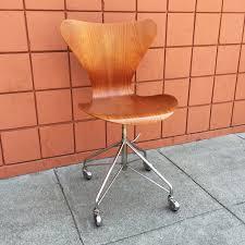 series 7 swivel chair 3117 by arne jacobsen sold midcenturysanjose