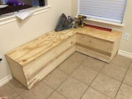 recycled pallet storage bench 8 steps