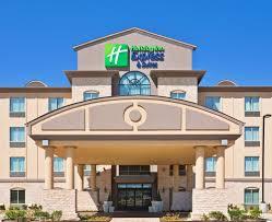 holiday inn express u0026 suites dallas fair park 2017 room prices