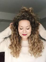 ambre suit curly hair i m a curly girl and i love curly hair in a world of blowdryers
