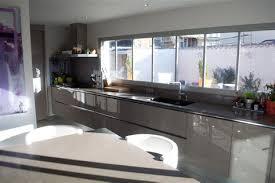 grande cuisine moderne exceptional plan de travail cuisine quartz 13 grande cuisine
