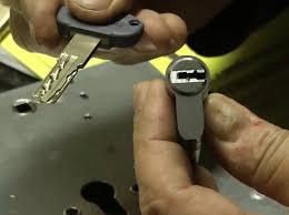 serrature sicure vademecum anti ladri guarda il cronaca