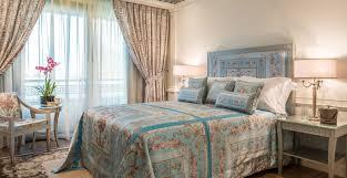 Versace Bedroom Set A Look Inside Versace U0027s Signature Hotel In Dubai Columnm
