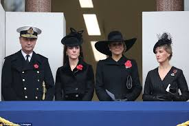 royals remembrance sunday 2015 by laying wreaths at the