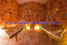 himalayan salt rooms minerals route