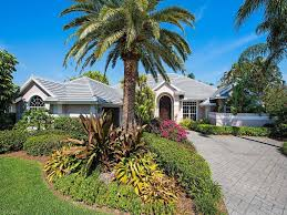 luxury homes naples florida