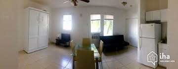 studio flat for rent in a town house in miami beach iha 2151