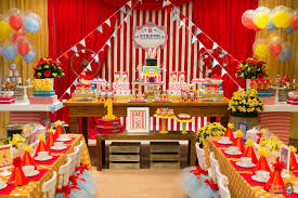 interior design view circus themed birthday party decorations