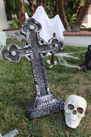 halloween outdoor decoration cemetery decoration ideas u2013 decoration image idea