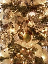christmas indoor decor imanada photos hgtv britt scripps inn