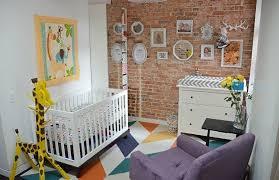 déco murale chambre bébé design interieur déco murale chambre bébé tableaux girafe commode