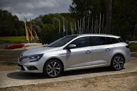 new renault megane 2016 2017 renault megane estate launched photos video and