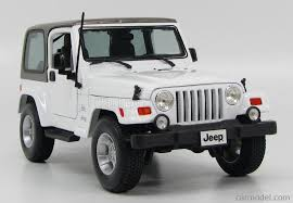 white jeep sahara maisto 31662w scale 1 18 jeep wrangler sahara hard top 2 door