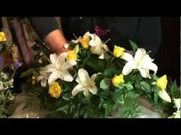how to make a casket spray how to make a funeral casket spray florist country garden