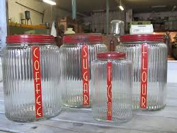 Glass Canister Sets For Kitchen by Best 25 Red Kitchen Canisters Ideas On Pinterest Red Canisters