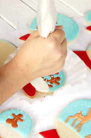 Decorating With Royal Icing Snow Globe Cookies The Bearfoot Baker