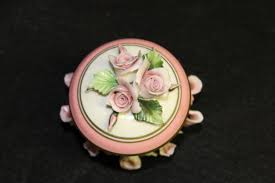porcelain roses capodimonte porcelain trinket box container with lid pink