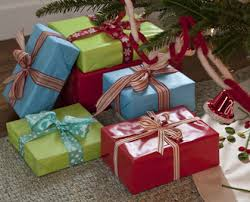 Gift Packing Ideas by 10 Creative Gift Wrapping Ideas Huffpost