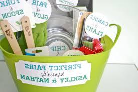 wedding shower gifts best bridal shower gifts not on registry in breathtaking give