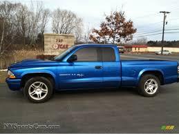 2001 dodge dakota sport club cab in intense blue pearl 195016