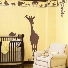 stickers girafe chambre bébé chambre enfant stickers chambre bébé thème jungle girafe marron