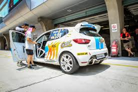 renault 26 doctor as a renault clio cup driver champion david lau news