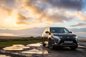 new mitsubishi evo 2017 2017 mitsubishi outlander phev gets performance upgrade slightly