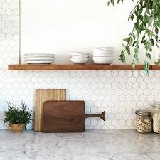modele carrelage cuisine mural le carrelage hexagonal une tendance qui fait grand retour