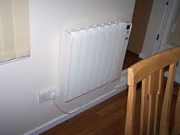 How To Keep A Bedroom Warm How To Keep A Warm House Economy Radiators Interior Design