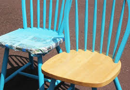 How To Spray Paint Patio Furniture Furniture Makeover Spray Painting Wood Chairs In My Own Style