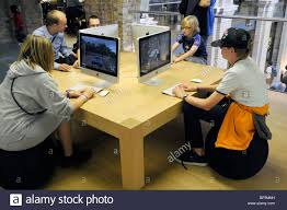Desk Job Game by Uk Customers Testing Macintosh Game Products At The New Apple