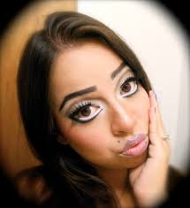 eye makeup for big eyes eye makeup tips to minimize large eyes