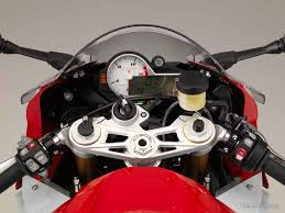 2014 Bmw 1000rr Lighter More Powerful And Better Handling Bmw S1000rr For 2015