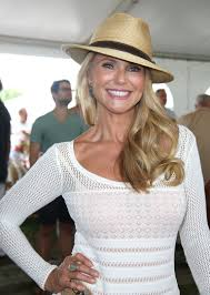 hair styles for women who are 45 years old christie brinkley ladies for female lead inspirations