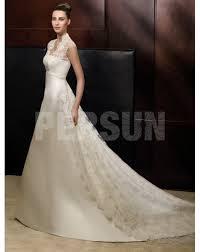 robe de mariã e traine robe de mariée ornée de strass vintage à traîne royale en dentelle