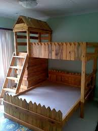 Wood Bunk Bed Plans by Pallet Bunk Bed Plans Recycled Things