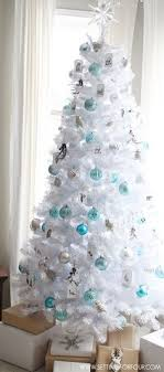 how to decorate an artificial tree white