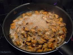 comment cuisiner des moules surgel馥s cuisine moule façon marinière aux pâtes