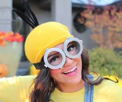 awesome halloween pictures bee do bee do 5 awesome diy minion halloween costumes from