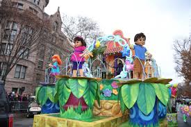 friends into the city macy s thanksgiving day parade