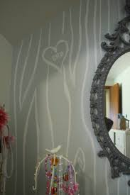 remodelaholic faux bois hand painted wall