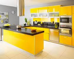 cuisine jaune et verte inspiration pour une agréable déco cuisine jaune et