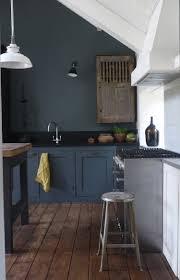 cuisine gris foncé quelle couleur cuisine verra t on partout en 2018 zoom sur les