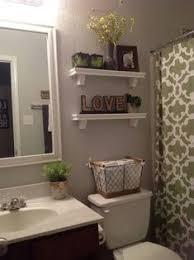 bathroom walls decorating ideas 20 wall decorating ideas for your bathroom simple bathroom wall