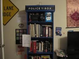 Dr Who Tardis Bookshelf Tardis Bookcase And A Request New To Who Doctorwho