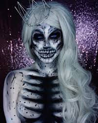 halloween horror nights phone number 89 best halloween 2017 makeup ideas from instagram glamour